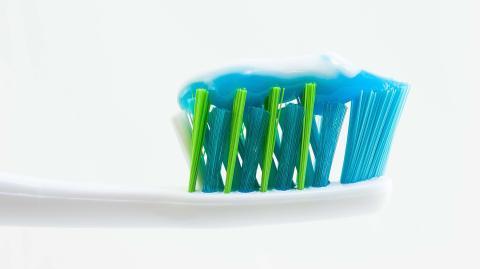 Zahnpasta gegen Mitesser? So funktioniert's!