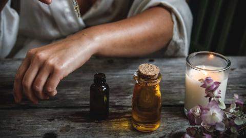 Natürlich abnehmen: Mit diesen 3 ätherischen Ölen kein Problem