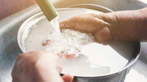 Nie wieder matschiger Reis: Mit diesem goldenen Trick gelingt die Zubereitung jedes Mal