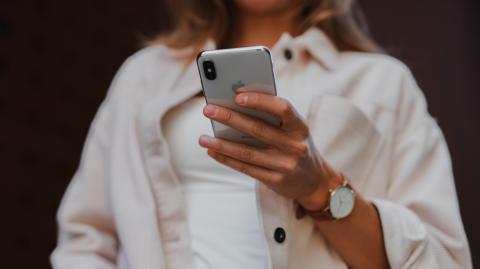 Dating-Bibel: So lernt ihr, Nachrichten von Männern zu verstehen