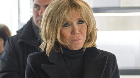 Brigitte Macron: Frankreichs First Lady beweist Mut zur Farbe