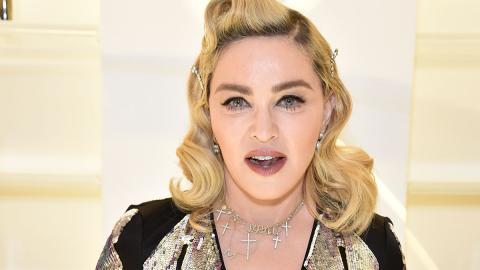 """""""Wir gehen zusammen unter"""": Madonna postet bizarres Quarantäne-Video aus der Badewanne"""