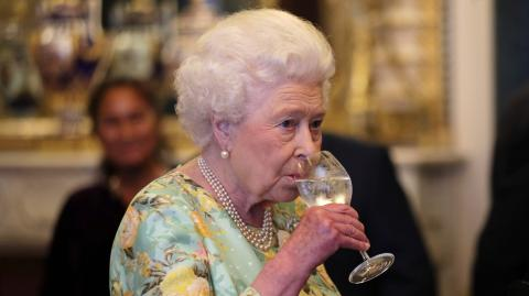 Hoch die Tassen: Das trinken die Royals am liebsten