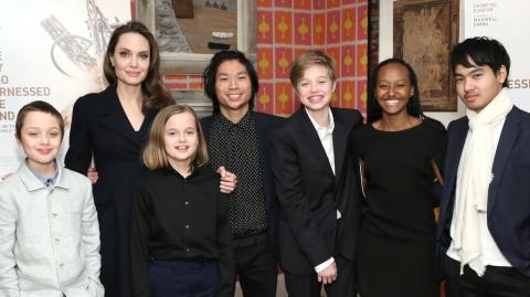 Schwerer Schlag: Angelina Jolie muss sich Sorgerecht mit Brad Pitt teilen