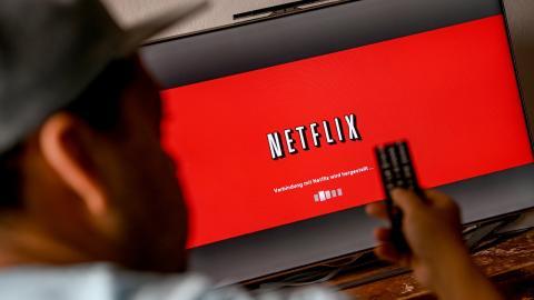 """Netflix-Serie """"Sex/Life"""": Dieses Detail in der bekannten Nacktszene beschäftigt die Fans"""