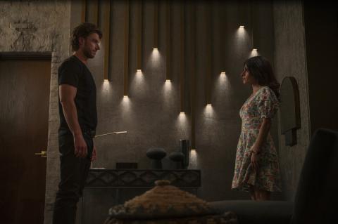 Sex/Life: So haben sich Sarah Shahi und Adam Demos kennengelernt