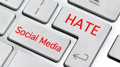 Stark gegen Cyber-Mobbing: Wie Influencer Hamudi anderen Opfern Mut machen will