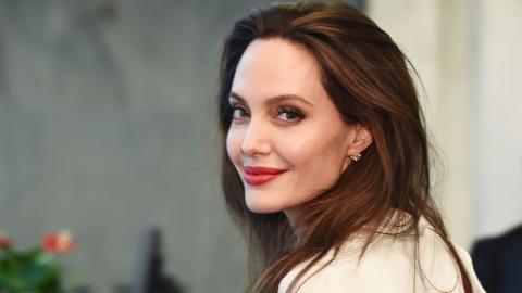 Angelina Jolie und The Weeknd: So reagiert sie auf die Liebesgerüchte