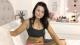 Mit Humor zur Körperakzeptanz: 23-jährige Mutter setzt Instagram mehr Realität entgegen